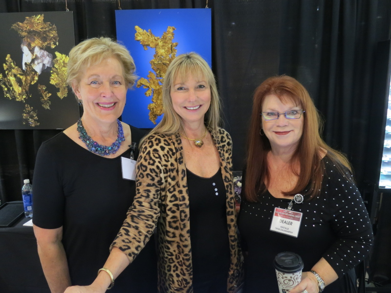 Roberta McCarty, Lois Nelson and Tana Daugharthy