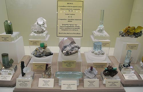 Beryl mineral specimens on display