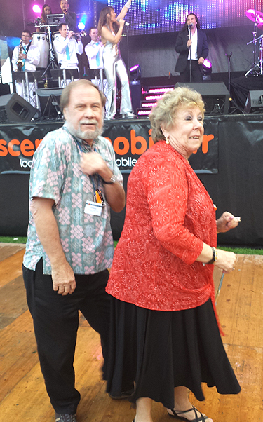 Wayne and Dona breaking out some funky moves