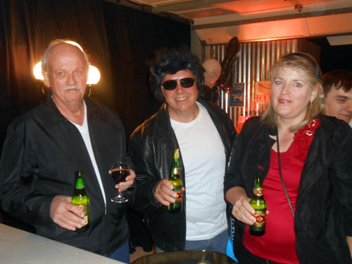 Australian collector/dealer Paul Melville, and Aussie-based collectors Malcolm and Angela Southwood