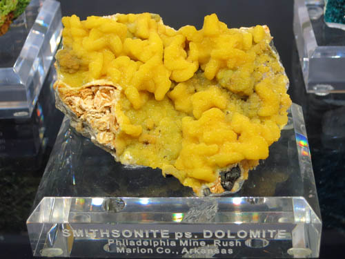 A rich specimen of Smithsonite pseudomorphing Dolomite, nicknamed 'Turkey Fat' due to the colour, from the Philadelphia Mine, Arkansas