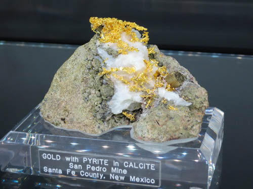 Crystallised Gold with Pyrite in Calcite from San Pedro Mine, New Mexico