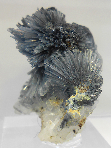 Koettigite crystal sprays from Ojuela Mine, Mapimi, Durango, Mexico.