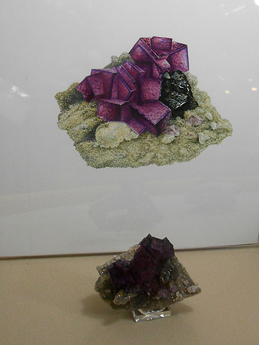 Water colour of a Fluorite with Sphalerite from Tennessee,  with the actual specimen along side.
