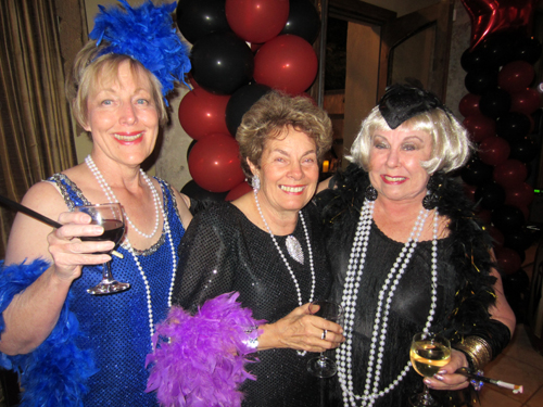 Robbie, Janet (the late Dick Bideaux's sister) and Dona in their dazzling  flapper dresses.
