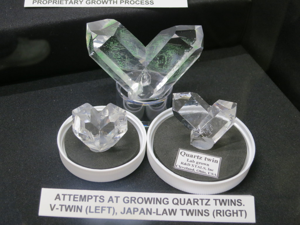Attempts to grown Japan Law Quartz crystals