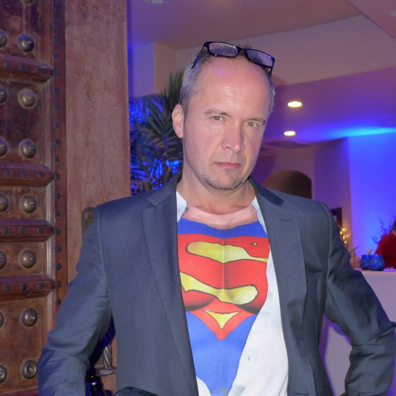 I always knew Alan Hart was SUPER!!!