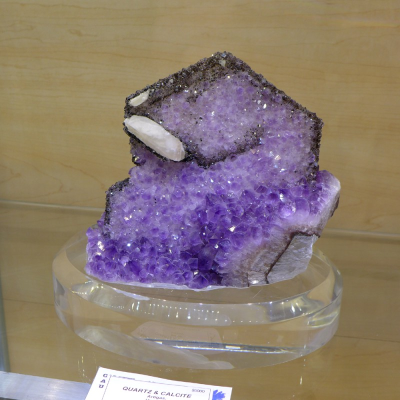 Eye-catching amethyst & calcite from Uruguay - Miner's Lunchbox