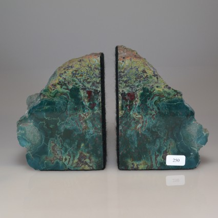 Petwoodbookend1